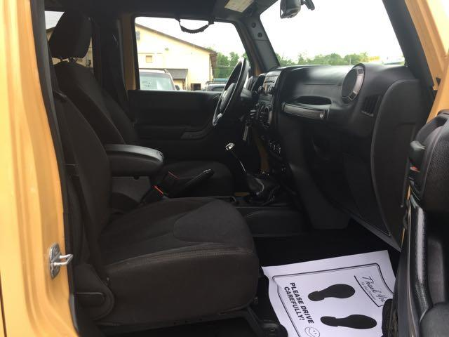 2014 Jeep Wrangler Unlimited Sport - Photo 14 - Cincinnati, OH 45255