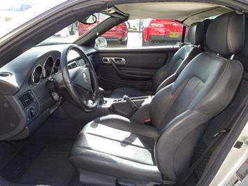 2002 Mercedes-Benz SLK SLK 230 Kompressor - Photo 7 - Cincinnati, OH 45255