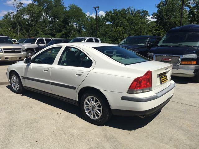 2003 Volvo S60 2.4 - Photo 4 - Cincinnati, OH 45255