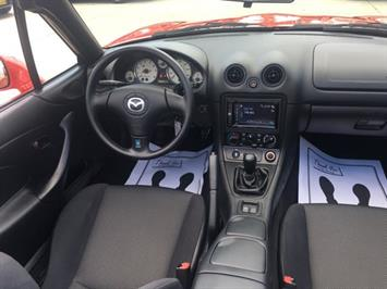 2002 Mazda MX-5 Miata - Photo 7 - Cincinnati, OH 45255