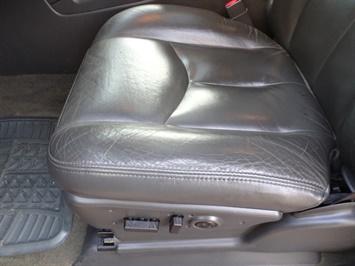 2005 Chevrolet Silverado 2500 LT 4dr Crew Cab - Photo 20 - Cincinnati, OH 45255