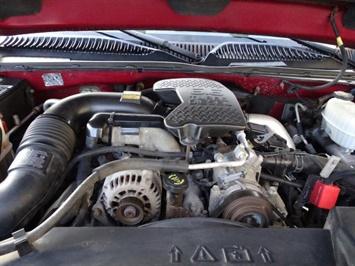 2005 Chevrolet Silverado 2500 LT 4dr Crew Cab - Photo 30 - Cincinnati, OH 45255