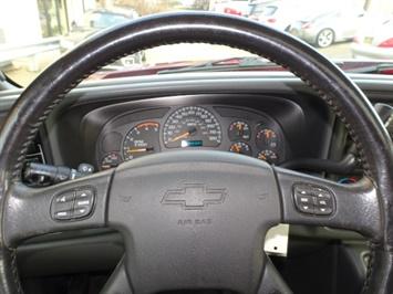 2005 Chevrolet Silverado 2500 LT 4dr Crew Cab - Photo 15 - Cincinnati, OH 45255