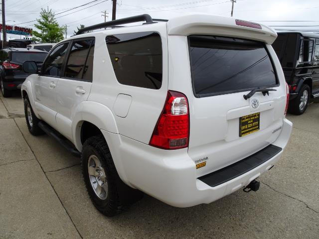 2009 Toyota 4Runner Sport Edition - Photo 11 - Cincinnati, OH 45255