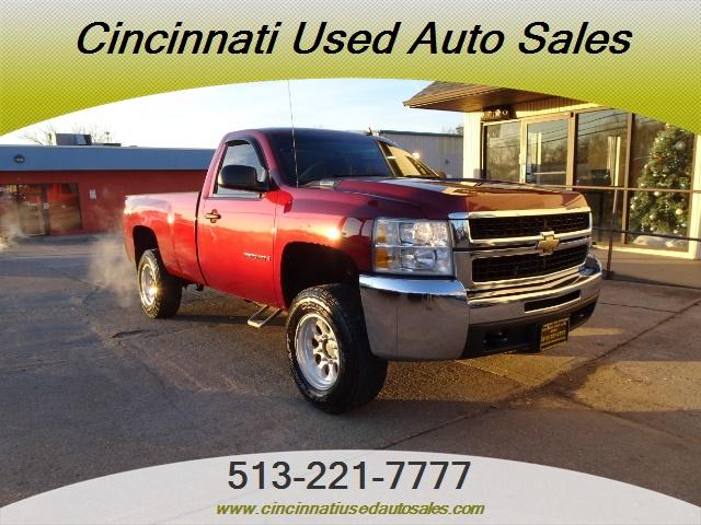 2009 Chevrolet Silverado 2500 Work Truck - Photo 1 - Cincinnati, OH 45255