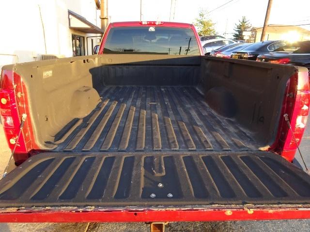 2009 Chevrolet Silverado 2500 Work Truck - Photo 25 - Cincinnati, OH 45255