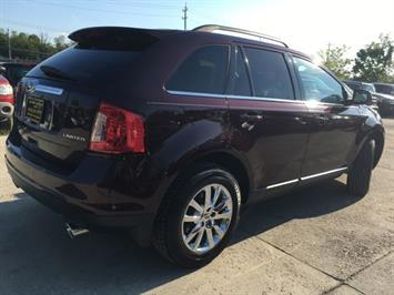 2011 Ford Edge Limited - Photo 13 - Cincinnati, OH 45255