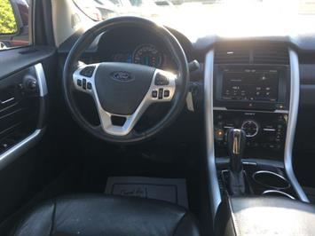 2011 Ford Edge Limited - Photo 7 - Cincinnati, OH 45255