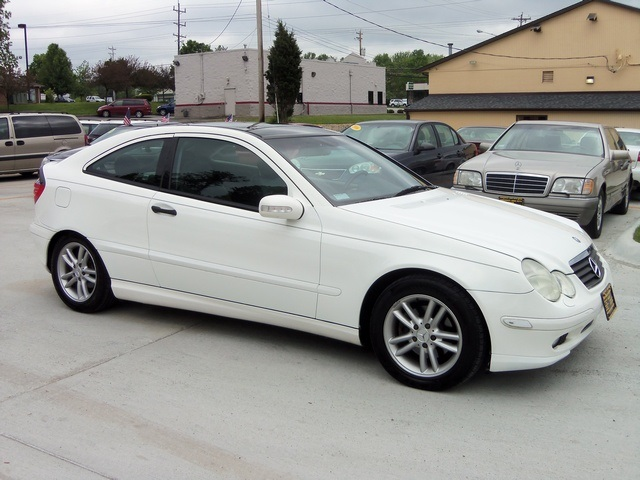2002 mercedes benz c230 kompressor for sale in cincinnati. Black Bedroom Furniture Sets. Home Design Ideas