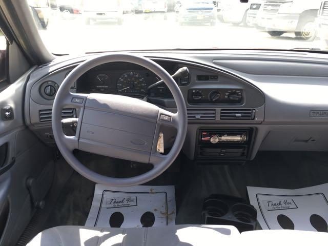 1993 Ford Taurus GL - Photo 7 - Cincinnati, OH 45255