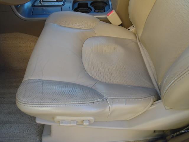 2005 Nissan Pathfinder XE - Photo 23 - Cincinnati, OH 45255