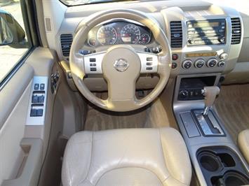 2005 Nissan Pathfinder XE - Photo 6 - Cincinnati, OH 45255