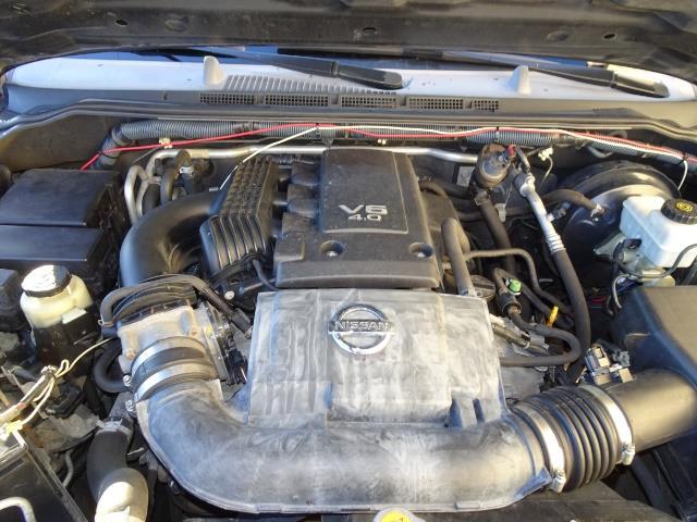 2005 Nissan Pathfinder XE - Photo 31 - Cincinnati, OH 45255