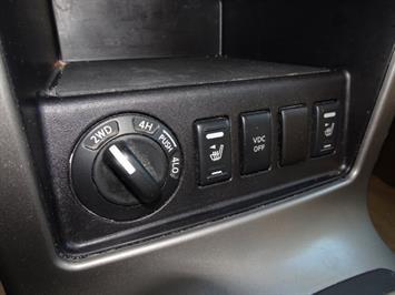 2005 Nissan Pathfinder XE - Photo 21 - Cincinnati, OH 45255
