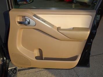 2005 Nissan Pathfinder XE - Photo 26 - Cincinnati, OH 45255
