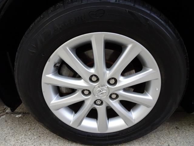 2011 Toyota Camry XLE V6 - Photo 28 - Cincinnati, OH 45255