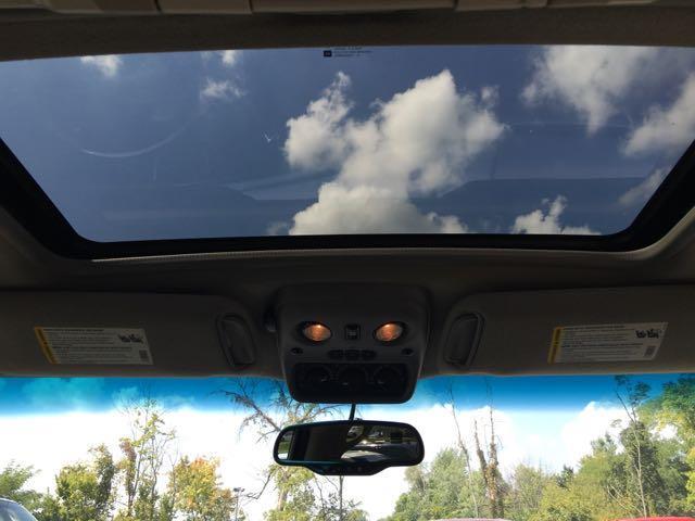 2003 Cadillac Escalade ESV - Photo 19 - Cincinnati, OH 45255