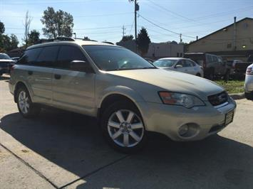 2006 Subaru Outback 2.5i Special Edition - Photo 10 - Cincinnati, OH 45255