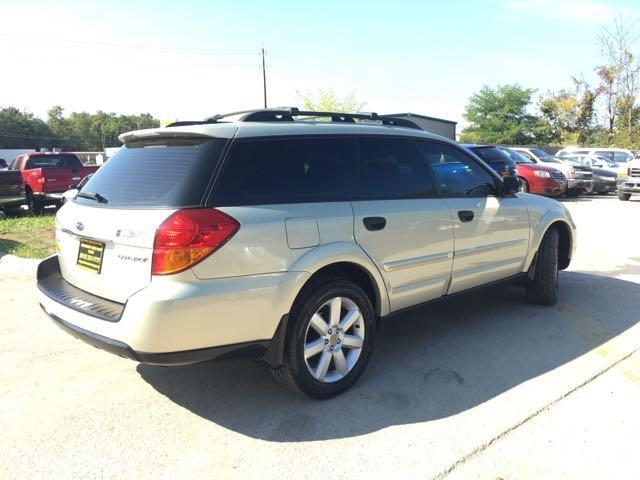 2006 Subaru Outback 2.5i Special Edition - Photo 13 - Cincinnati, OH 45255