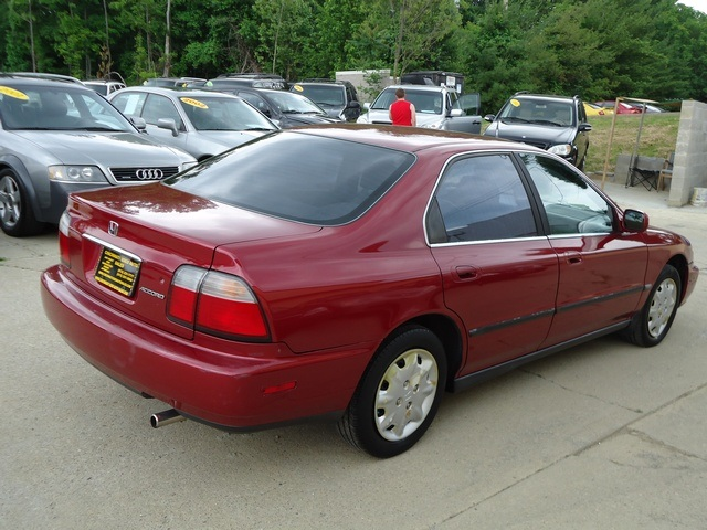 ... 1996 Honda Accord LX   Photo 6   Cincinnati, OH 45255 ...