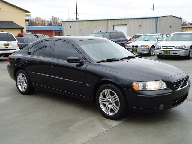 2006 volvo s60 2 5t for sale in cincinnati oh stock. Black Bedroom Furniture Sets. Home Design Ideas