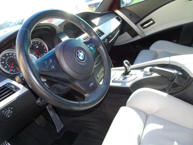 2007 BMW M5 - Photo 15 - Cincinnati, OH 45255