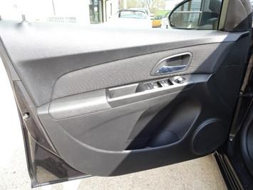 2014 Chevrolet Cruze 1LT Auto - Photo 22 - Cincinnati, OH 45255