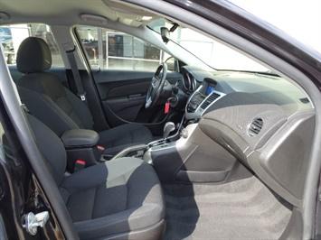 2014 Chevrolet Cruze 1LT Auto - Photo 13 - Cincinnati, OH 45255