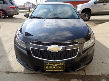 2014 Chevrolet Cruze 1LT Auto - Photo 2 - Cincinnati, OH 45255