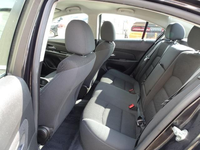 2014 Chevrolet Cruze 1LT Auto - Photo 8 - Cincinnati, OH 45255