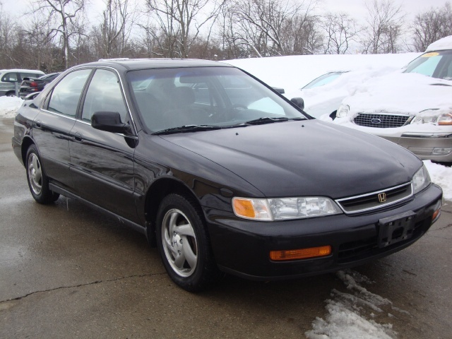 1997 Honda Accord LX   Photo 1   Cincinnati, OH 45255