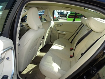 2012 Volvo S60 T5 - Photo 8 - Cincinnati, OH 45255