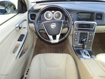 2012 Volvo S60 T5 - Photo 6 - Cincinnati, OH 45255