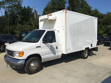 2006 Ford E350 Vans - Photo 3 - Cincinnati, OH 45255