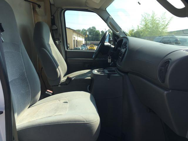 2006 Ford E350 Vans - Photo 7 - Cincinnati, OH 45255