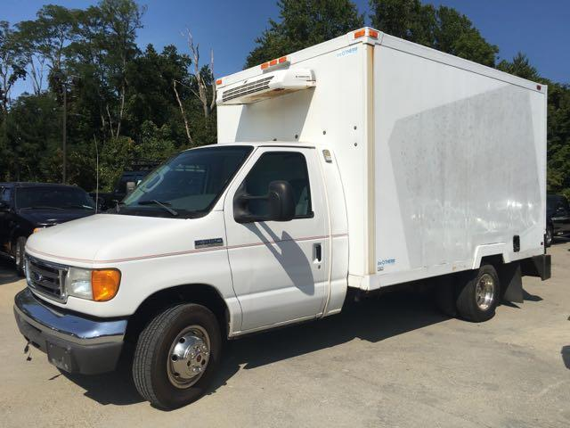 2006 Ford E350 Vans - Photo 9 - Cincinnati, OH 45255