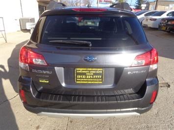 2013 Subaru Outback 2.5i Limited - Photo 4 - Cincinnati, OH 45255