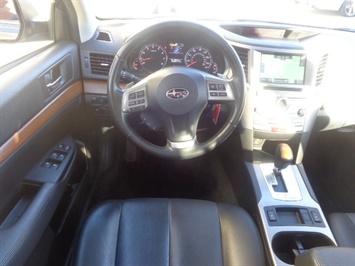 2013 Subaru Outback 2.5i Limited - Photo 6 - Cincinnati, OH 45255
