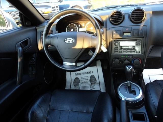 ... 2003 Hyundai Tiburon GT V6   Photo 7   Cincinnati, OH 45255 ...