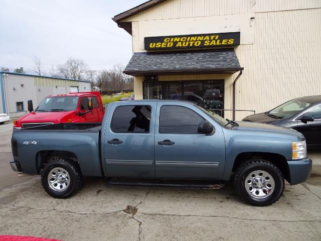 2011 Chevrolet Silverado 1500 LT - Photo 3 - Cincinnati, OH 45255