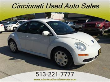 2010 Volkswagen Beetle - Photo 1 - Cincinnati, OH 45255
