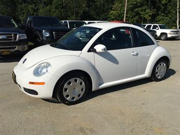 2010 Volkswagen Beetle - Photo 3 - Cincinnati, OH 45255