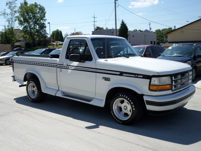 Ford Dealer Cincinnati 1993 Ford F 150 Xlt For Sale In