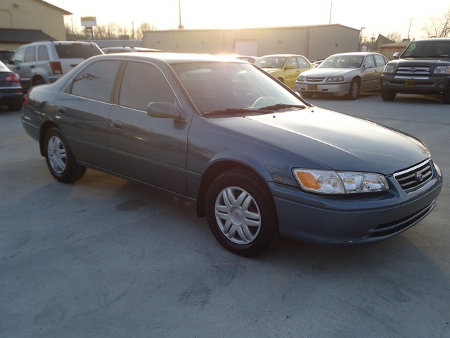 2000 toyota camry ce for sale in cincinnati oh stock 11106 2000 toyota camry ce for sale in