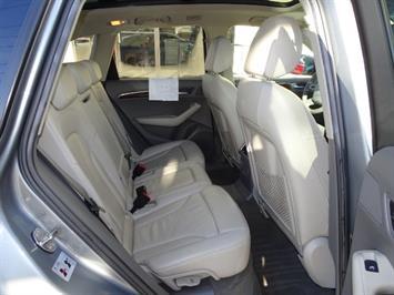 2010 Audi Q5 3.2 quattro Premium Plus - Photo 15 - Cincinnati, OH 45255