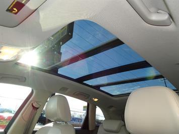 2010 Audi Q5 3.2 quattro Premium Plus - Photo 21 - Cincinnati, OH 45255