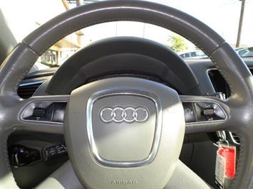 2010 Audi Q5 3.2 quattro Premium Plus - Photo 16 - Cincinnati, OH 45255