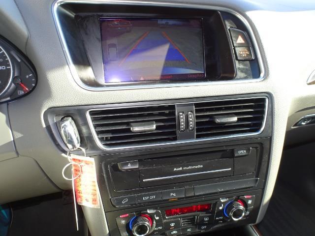 2010 Audi Q5 3.2 quattro Premium Plus - Photo 18 - Cincinnati, OH 45255