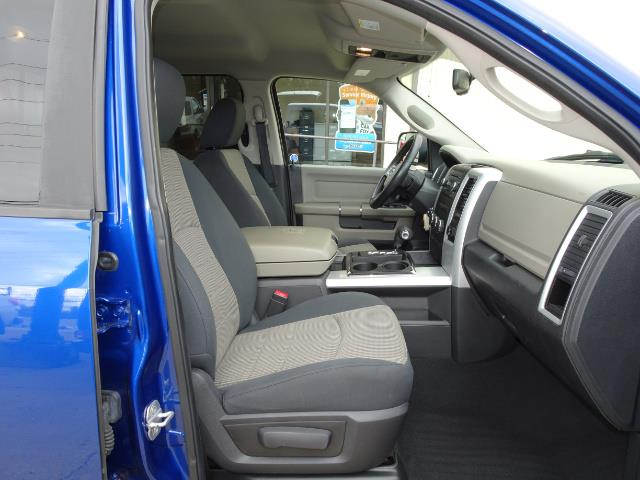 2010 Dodge Ram 1500 SLT Sport - Photo 13 - Cincinnati, OH 45255