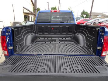 2010 Dodge Ram 1500 SLT Sport - Photo 24 - Cincinnati, OH 45255